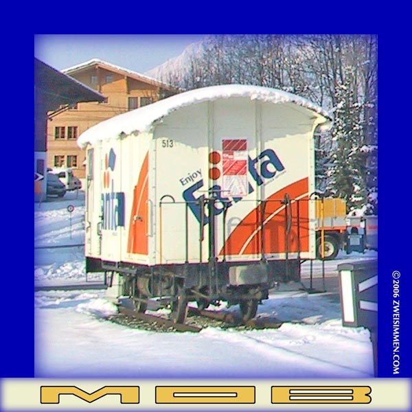 GK513: MOB advertising boxcar 'Fanta', front view, in snow, at Schönried,  _______, 2003, ____