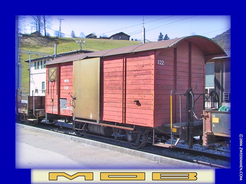 X22: MOB boxcar at Zweisimmen October 13, 2003, 1134